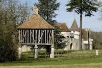 28e Journées européennes du patrimoine - Thème 2011 : Le voyage du patrimoine / Photo : Château de Bridoire @ Bernard Dupuy