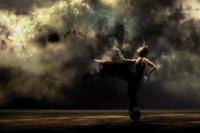 Les Chants de l'Umaï, solo de Marcia Barcellos par la Cie Système Castafior mercredi 1 et jeudi 2 août au théâtre le Palace pour le festival Mimos 2012 © Karl Biscuit