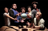 Hop hop hop ! Cie La Nuit Venue lundi 30 juillet et mardi 31 juillet à 19h au théâtre Le Palace Pour Mimos 2012