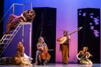 Un songe d'une nuit d'été le samedi 20 juillet, Jardin des Enfeus à Sarlat à 21h45 pour le Festival des jeux du théâtre - Crédit photos : Agathe Poupeney