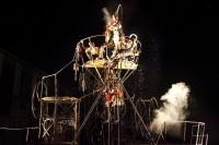 Mimos, 31e Festival International du Mime de Périgueux du lundi 29 juillet au samedi 3 août - photo « Basculoscopia » par la Cie Pipototal pour le spectacle d'ouverture © Benedicte Deramaux